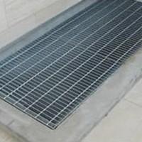 实力厂家供应钢格板/水沟盖/踏步板/平台钢格板/玻璃钢格栅